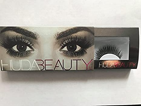 750b207a3d3 Buy huda beauty samantha style number 7 false eyelashes fake eyelashes  Online at Low Prices in India - Amazon.in