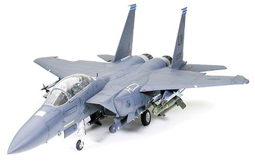 Tamiya 1/32 Aircraft Series No.12 US Air Force Boeing F-15E Strike Eagle bunker busters Plastic 60312