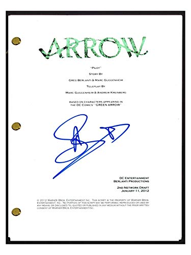 Stephen Amell Signed Autographed ARROW Pilot Episode Script COA from Unknown