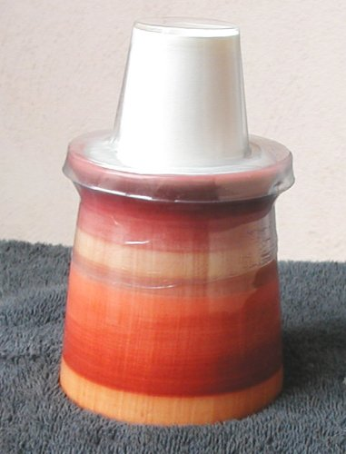countertop-ceramic-dixie-cup-dispenser-holds-3-oz-cups