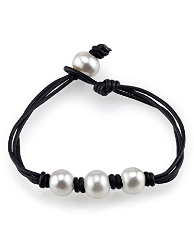 10mm White Freshwater Cultured Pearl Leather Daisy (Pearl Daisy)
