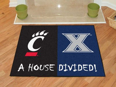 NCAA House Divided Novelty Mat Size: 2'10