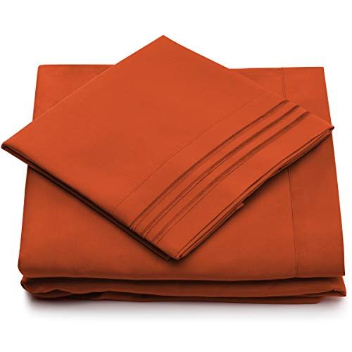 - Queen Size Bed Sheets - Burnt Orange Luxury Sheet Set - Deep Pocket - Super Soft Hotel Bedding - Cool & Wrinkle Free - 1 Fitted, 1 Flat, 2 Pillow Cases - Rust Queen Sheets - 4 Piece