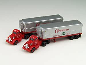 "N Scale 1932 ""White"" Aero Semi Tractor Trailer ""Carnation"" Truck"