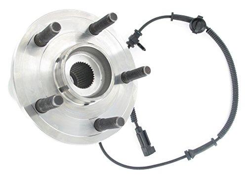(SKF BR930690 Wheel Bearing and Hub Assembly)