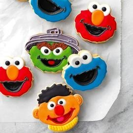 Sesame Street Sesame Street Pull-Apart Block Cake Pan