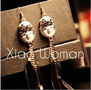 Price comparison product image Bosun(TM) Foreign trade jewelry big baroque mask facebook feather tassel earrings