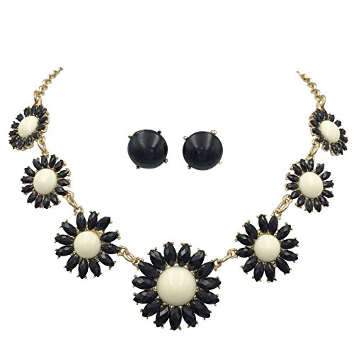 (Colorful 7 Daisy Flower Necklace & Stud Post Earring Set (Black & White))