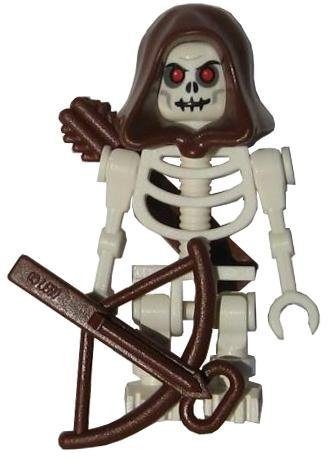 LEGO Skeleton (White) with Hood, Arrows and Crossbow Castle Minifigure