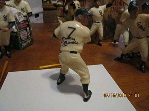 original 1958-1962 SIGNED Mickey Mantle Yankees Hartland statue