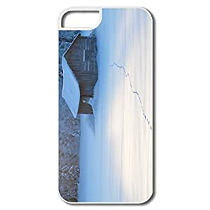 Custom Sports Slim Case Snow House IPhone 5/5s Case For Couples by runtopwell