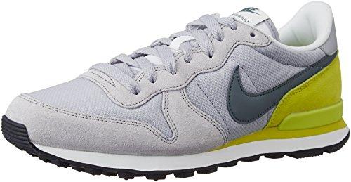 Nike Internationalist, Zapatillas de Gimnasia para Hombre Gris (Wolf Grey / Hasta-Bright Cactus)