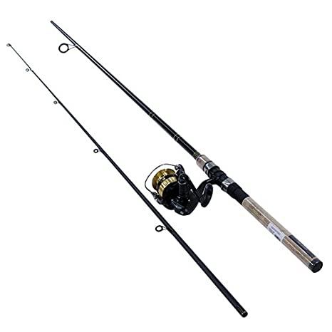 2f8a85ac183 Amazon.com : Daiwa DSK30-B/F702M D-Shock Freshwater Spinning Combo, 3000,  7' 2Piece Rod, 6-14 lb Line Rate, 1/4-3/4 oz Lure Rate : Sports & Outdoors