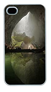 Cave Polycarbonate Hard Case Cover for iPhone 4/4S White New Year gift