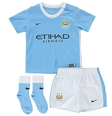 37cc3ce84 Amazon.com : NIKE 2015-2016 Man City Home Baby Kit : Clothing
