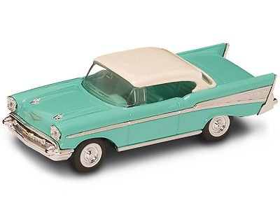 New In Box !Road Signature 1/43 Diecast O Scale 1957 Chevrolet BEL AIR - 1 25 Chevy Silverado