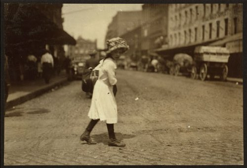 HistoricalFindings Photo: Blackstone Street,Boston,Massachusetts,Home Labor,Child Labor,Lewis W. Hine