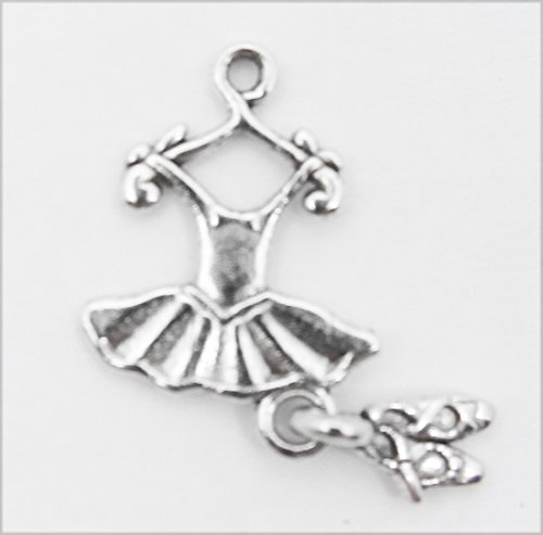 About 40 pcs Tibetan Silver Pendants Ballet Dress and Shoes charm, Lead Free, Cadmium Free and Nickel Free, Foot, Antique Silver Color, about 14mm long, 10mm wide, 2mm thick, hole: 2mm