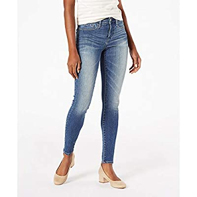 Signature by Levi Strauss & Co. Gold Label Women's Totally Shaping Skinny Jean at Women's Jeans store