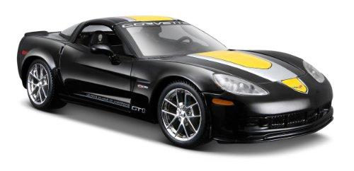 Chevrolet Corvette Scale - Maisto 1:24 Scale Chevrolet Corvette Z06 GT1 Model Car (Assorted colors)