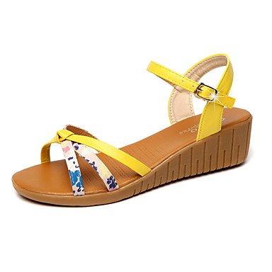 Las mujeres 039 s sandalias comodidad PU vestidos primavera verano comodidad hebilla talón de cuña almendro amarillo 1A-1 3 4inYellowUS8 UE39 UK6 CN39