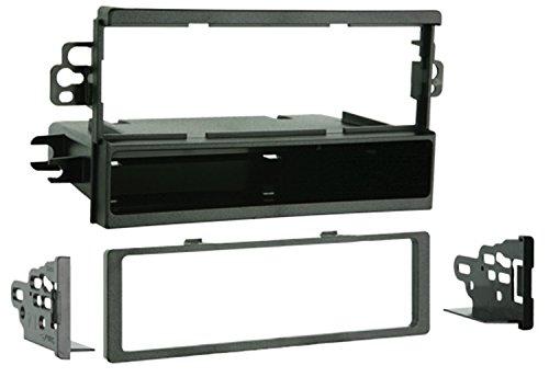 Metra 99-7951 Single DIN Installation Kit for 2004-2008 Suzuki Verona/Chevrolet Aveo