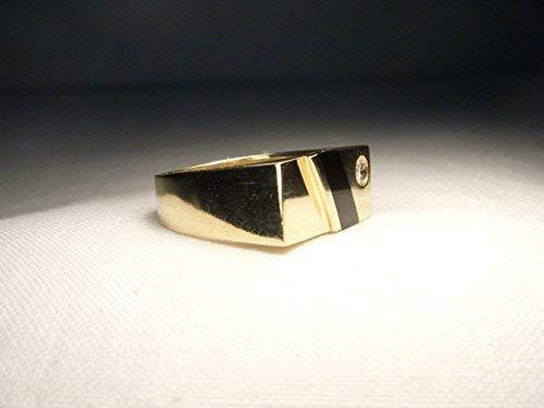 Handsome Estate 14K Yellow Gold Inlaid Black Onyx Diamond Mens Ring