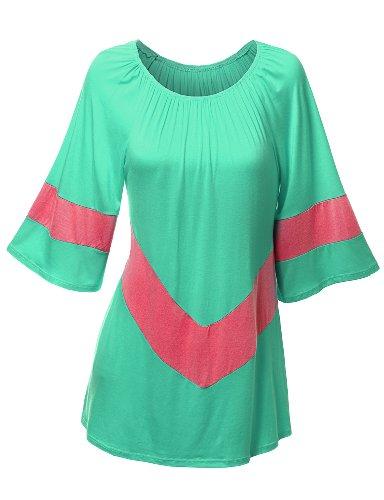 plus size top and plus size tunic in sizes M(14W-16W), L(18W-20W), 1X(22W-24W), 2X(26W-28W)