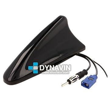 ANT-TIB.14 - 15 centímetros de longitud. Antena de GPS y radio FM Dynavin tipo tiburón universal con conector FAKRA (gps) y DIN (radio FM).…