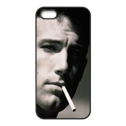 Ben Affleck Face Cigarettes Spirits Black White coque iPhone 5 5S cellulaire cas coque de téléphone cas téléphone cellulaire noir couvercle EOKXLLNCD22136