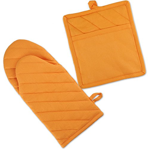 DII 100% Cotton, Machine Washable, Everyday Kitchen Basic, Oven Mitt and Pot Holder Gift Set, Neon Orange