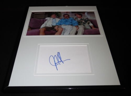Jonathan Silverman Signed Framed 11x14 Photo Display Weekend at Bernie's C
