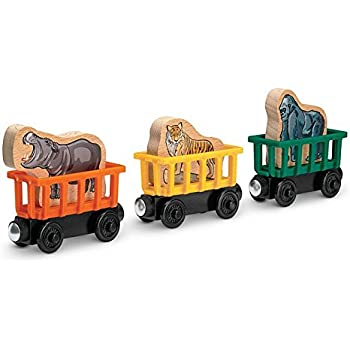Amazon.com: Fisher-Price Thomas the Train Wooden Railway Circus Train 3-Pack: Toys & Games