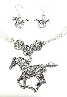 AH Western Cowgirl Jewelry Rhinestone Horse Necklace Earrings Set Silver Tone Jp