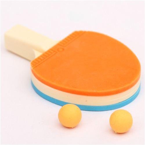Gomme bleue et orange en forme de raquette de ping-pong par Iwako Japon