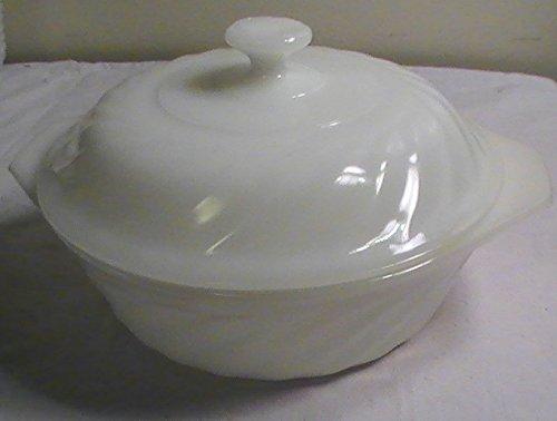 Vintage Milk Glass Fire King 1 1/2 Quart Casserole Dish with Lid