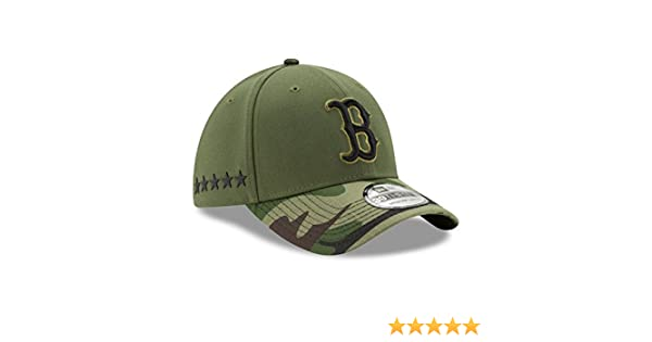 new arrival 5fcf6 45e85 Amazon.com   Boston Red Sox New Era 2017 Memorial Day 39THIRTY Flex Hat -  Green Camo (L XL)   Sports   Outdoors