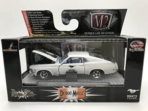 M2 Machines Detroit-Muscle 1970 Ford Mustang Mach 1 428 50 Years Limited Edition MT01 14-38 White/Black Details Like NO Other! Over 42 Parts 1 of 5000 Worldwide ()