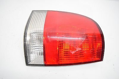 03-04-05-lincoln-aviator-left-driver-tail-light-oem