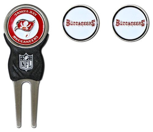 Team Golf NFL Tampa Bay Buccaneers Divot Tool with 3 Golf Ball Markers Pack, Markers are Removable Magnetic Double-Sided ()