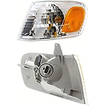 2001 2002 2003 01 02 03 Toyota Sienna Fog Lamp Light Assembly w// Bulb Right