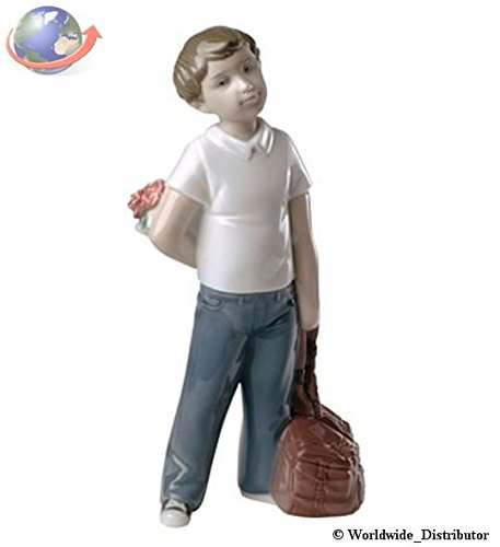 Nao Porcelain by Lladro I THOUGHT OF YOU ( BOY WITH BOUQUET OF FLOWERS ) 2001661