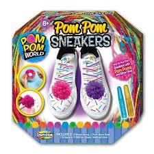 Pom PomメーカーCraft Set , AssortedスタイルbyクリエイティブKids (ポンポン付きスニーカー B077YN99WD