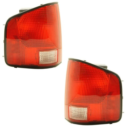 1994-2004 Chevy/Chevrolet S10, GMC S15 Sonoma & 1996-2000 Isuzu Hombre Pickup Truck Taillight Taillamp Rear Brake Tail Light Lamp (with Black Trim Edge) Pair Set Right Passenger AND Left Driver Side (1996 96 1997 97 1998 98 1999 99 2000 00 2001 01 2002 02 2003 03 2004 04) (Chevy S10 Truck Tail Lamp)