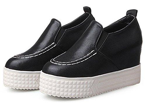 Idifu Womens Trendy Ronde Neus Slip Op Loafers Sneakers Plateauzolen Met Hakken In Zwart