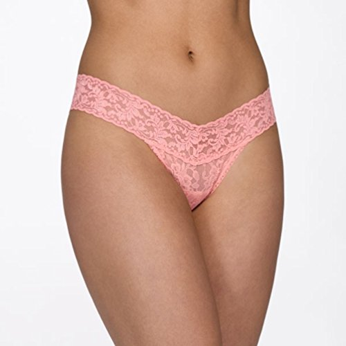 Hanky Panky Women's Signature Lace Low Rise Thong, Ballet, One (Signature Womens Thongs)