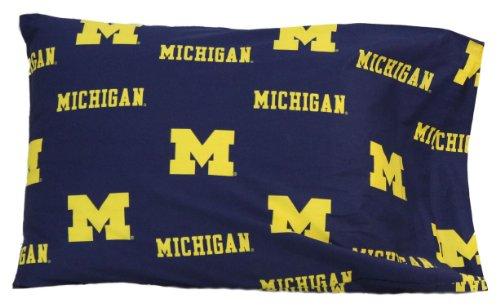 Michigan Wolverines 20 x 30 Team Logo Pillow Case