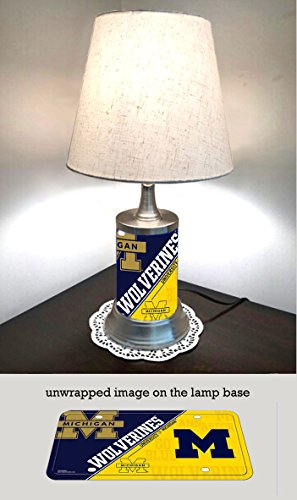JS Table Lamp with Shade, Michigan Wolverines Plate Rolled in on The lamp Base ()