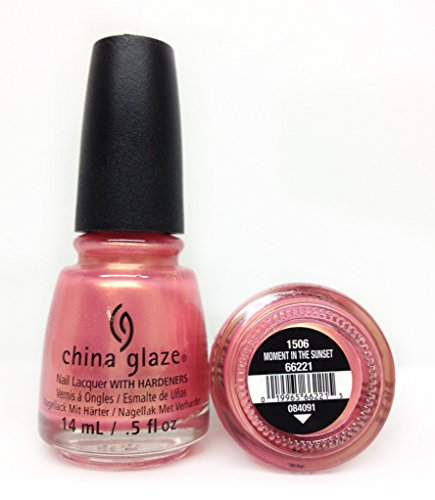 (China Glaze Moment in the Sunset Nail Lacquer)