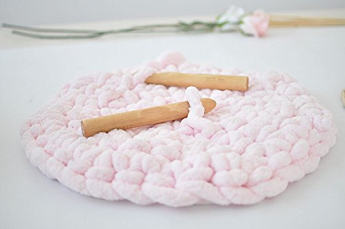 FloraKnit Wooden Hook for Super Chunky Yarn Crochet Making Rugs Blanket and Crafts 1 Piece (25mm)